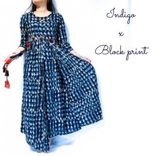 <img class='new_mark_img1' src='https://img.shop-pro.jp/img/new/icons1.gif' style='border:none;display:inline;margin:0px;padding:0px;width:auto;' />Indigo Block print dress cotton100%◆藍染めブロックプリント マキシ丈ワンピース<インディゴブルー>◆インド刺し子ワークエスニックボヘミアン