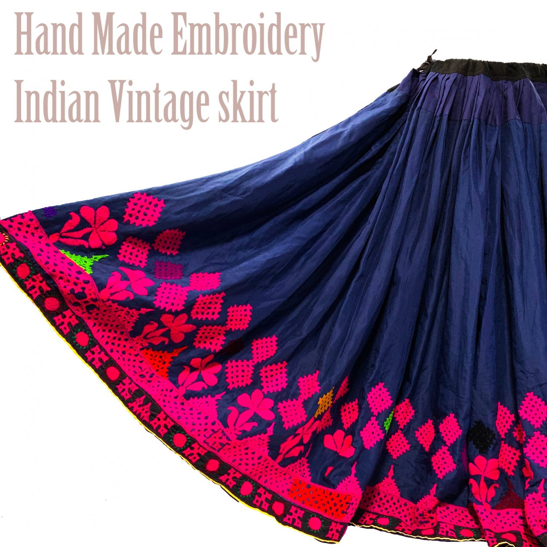 Rajasthani gypsy skirt #10* vintage * インド刺繍スカート バンジャラ《ネイビー》<img class='new_mark_img2' src='https://img.shop-pro.jp/img/new/icons20.gif' style='border:none;display:inline;margin:0px;padding:0px;width:auto;' />