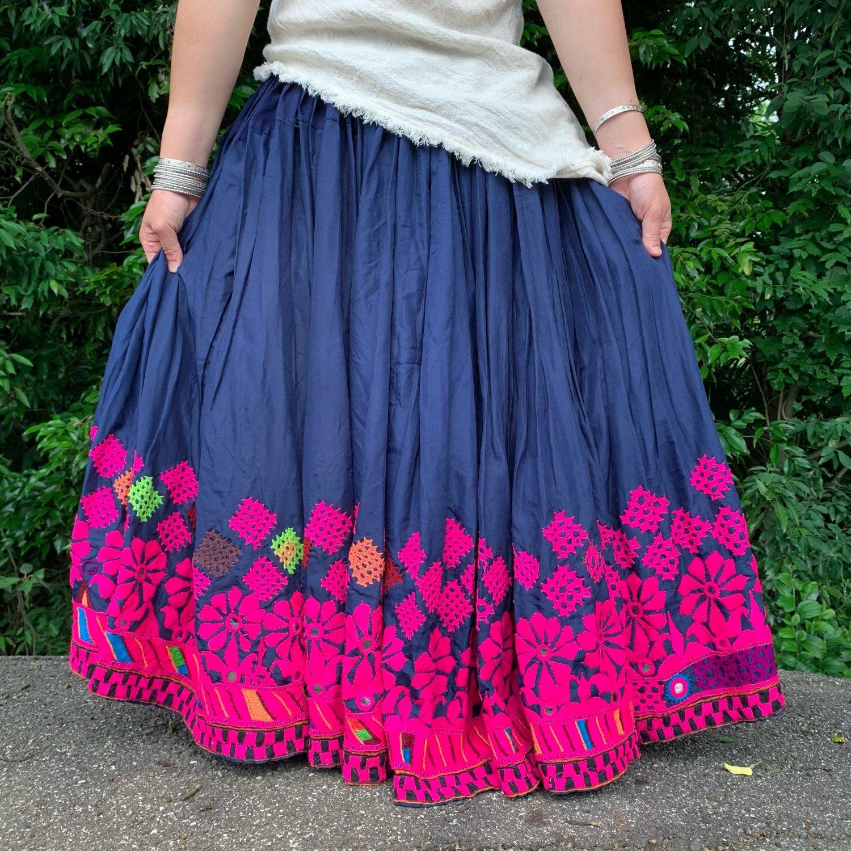 Kutch gypsy skirt #22* vintage * インドカッチ刺繍ジプシースカート バンジャラ《ネイビー2》<img class='new_mark_img2' src='https://img.shop-pro.jp/img/new/icons20.gif' style='border:none;display:inline;margin:0px;padding:0px;width:auto;' />