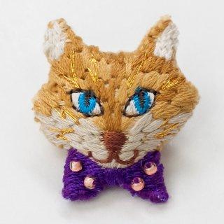 動物刺繍ブローチ キツネ