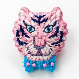 動物刺繍ブローチ トラ