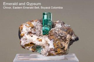エメラルド and ジプサム 結晶石 コロンビア産|Chivor, Eastern Emerald Belt, Boyaca, Colombia|緑柱石|Emerald|1155A|