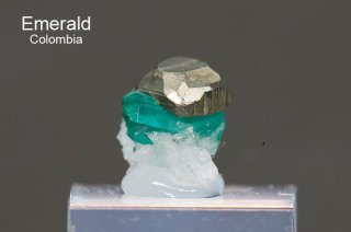 エメラルド 結晶石 コロンビア産|Chivor, Eastern Emerald Belt, Boyaca, Colombia|緑柱石|Emerald|2768A|