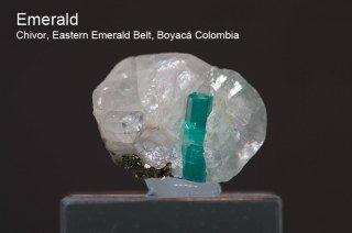 エメラルド on カルサイト 結晶 コロンビア産 緑柱石 Penas Blancas Mine, San Pablo de Borbur, Boyaca Colombia Emerald 1347A 