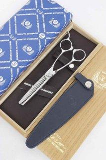 【美品】ナルトシザー キングダムストーク 二梳きSTクォーターセニングS31 5.8インチ セニング メガネハンドル 31目約20%〜25% 無料修理券3枚付き