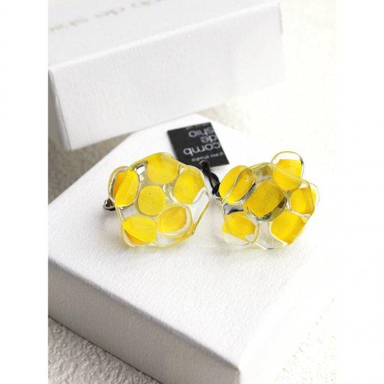 お花シリーズ・ガラスイヤリング「YELLOW FLOWERS」|箱付