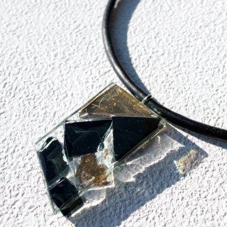 1点ものガラスの「革チョーカー」|Gold series|箱付