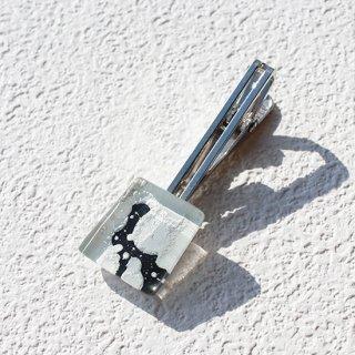 ペインティングシリーズ・1点ものガラスのネクタイピン/タイプリップ「YUKIYO」|箱付