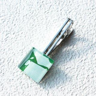 ペインティングシリーズ・1点ものガラスのネクタイピン/タイプリップ「LEAF」|箱付