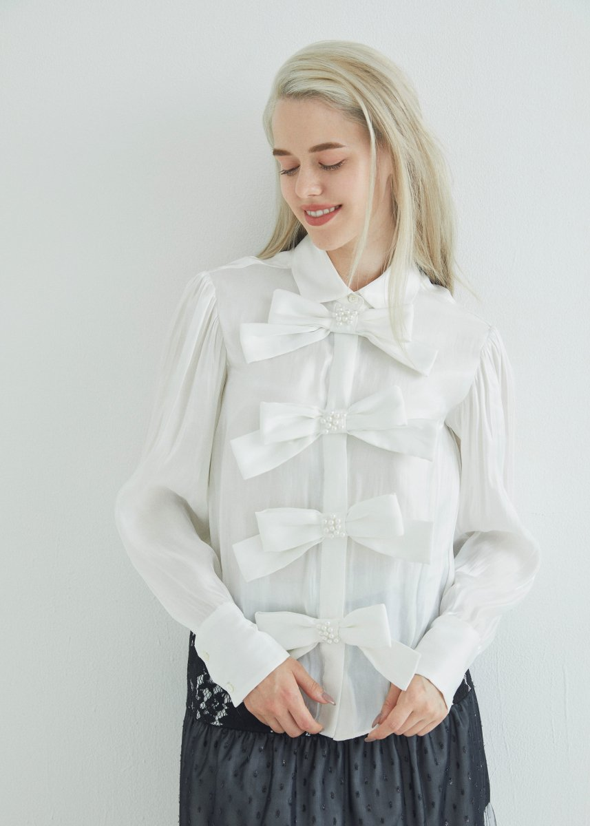 Ribbon pearl shirt