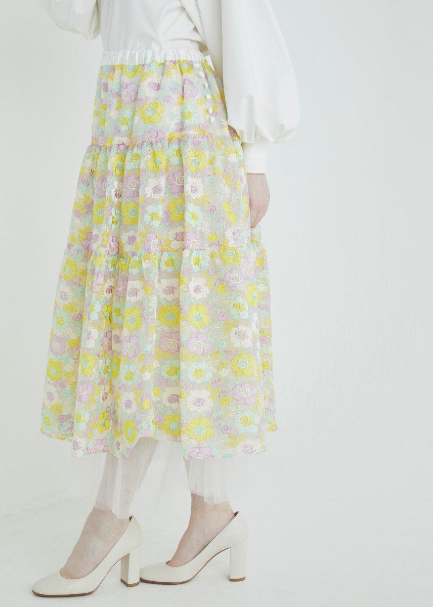 Multi flower embroidery skirt