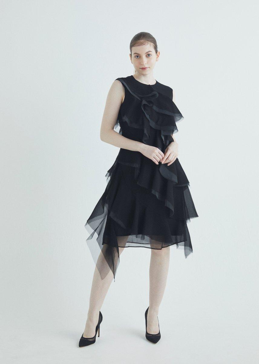 Slant line layer frilled dress
