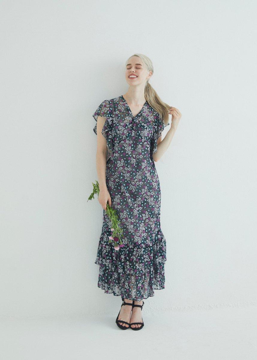 Front cross dress