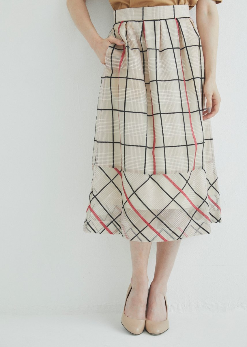 <img class='new_mark_img1' src='//img.shop-pro.jp/img/new/icons1.gif' style='border:none;display:inline;margin:0px;padding:0px;width:auto;' />Hemline switched tucks skirt