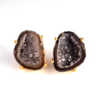 トレジャーメノウ(瑪瑙・ブラックB) 天然石 スタッズピアス-24KGP ゴールドカラー