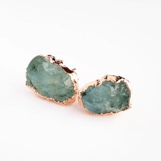 アクアマリン(ライトブルーA) 天然石 原石スタッズピアス-ローズゴールドカラー