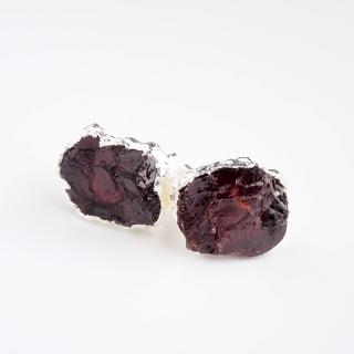ガーネット(ワインレッドA) 天然石 原石スタッズピアス-シルバーカラー