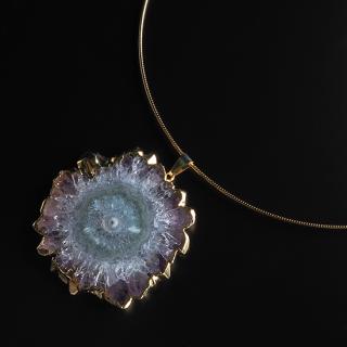 フラワーアメジスト (紫水晶・パープルC) 天然石 チョーカーネックレス-ゴールドカラー