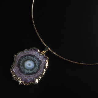 フラワーアメジスト (紫水晶・パープルF) 天然石 チョーカーネックレス-ゴールドカラー