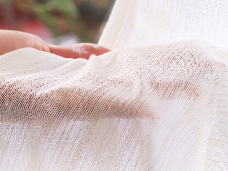 紫外線カットカーテン