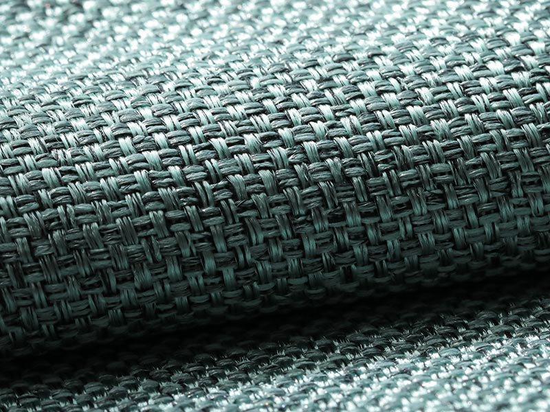 風合い豊かな織り地で仕上げた日本製の遮光ドレープカーテン 『メロウ  フォグブルー』