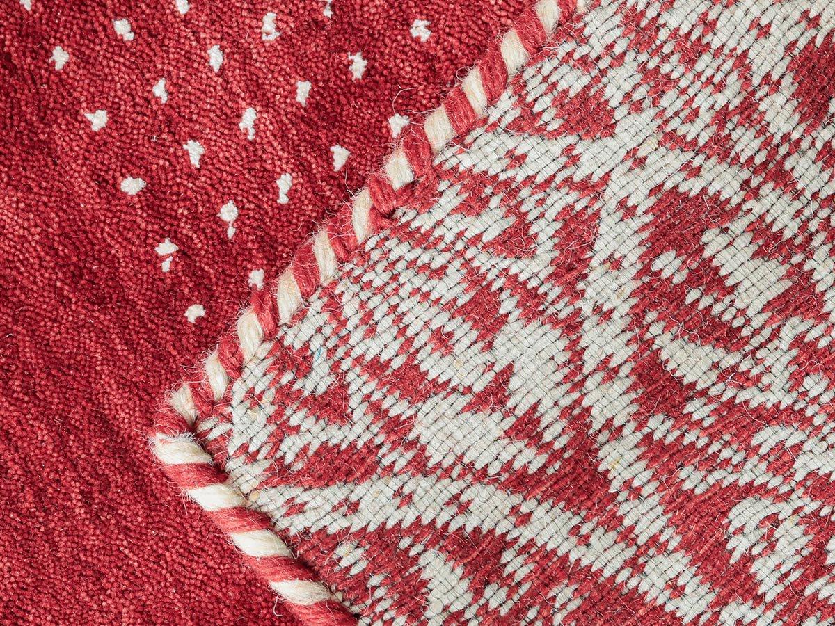鮮やかな色彩が美しいふかふか上質ウールのインド製ギャッベ『カラス レッド』