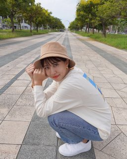 <img class='new_mark_img1' src='https://img.shop-pro.jp/img/new/icons27.gif' style='border:none;display:inline;margin:0px;padding:0px;width:auto;' />BUCKET HAT