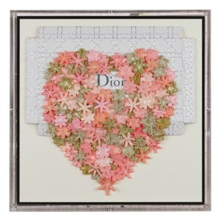 <img class='new_mark_img1' src='https://img.shop-pro.jp/img/new/icons50.gif' style='border:none;display:inline;margin:0px;padding:0px;width:auto;' />DIOR HEART STUDY
