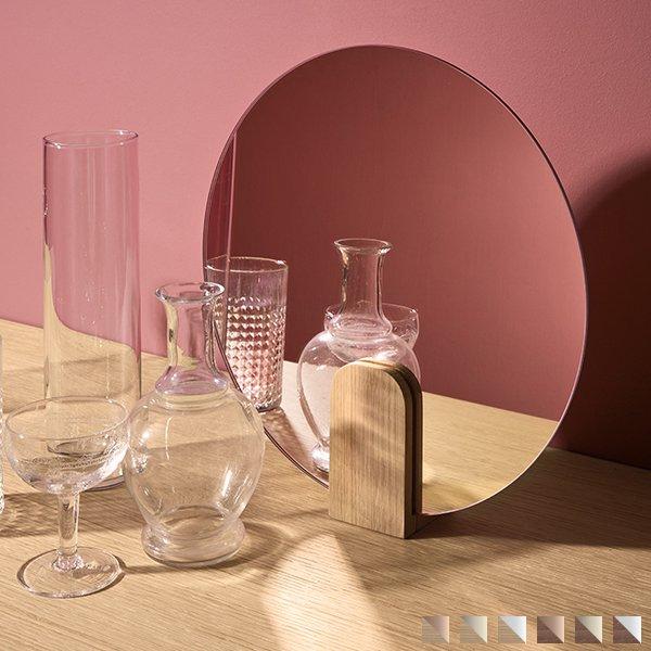 Clip Mirror table