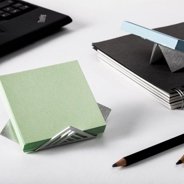 MOLLY - urban paper block Holder