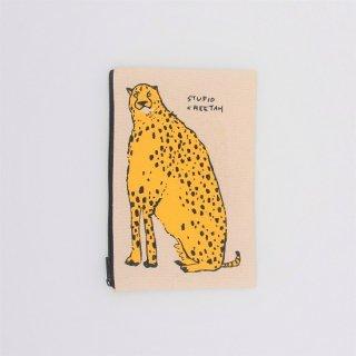 黒山 Cheetah Zipper Pouch
