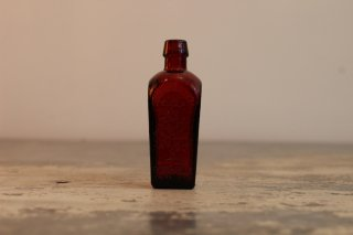 VINTAGE GLASS MINI BOTTLE ELIXIR