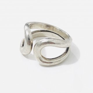 "<img class='new_mark_img1' src='https://img.shop-pro.jp/img/new/icons1.gif' style='border:none;display:inline;margin:0px;padding:0px;width:auto;' />Sterling Silver ""Lima ""Ring"