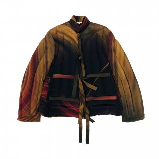 <img class='new_mark_img1' src='https://img.shop-pro.jp/img/new/icons1.gif' style='border:none;display:inline;margin:0px;padding:0px;width:auto;' />MARBLE PRINT DOWN JACKET