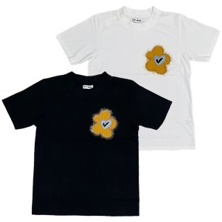 <img class='new_mark_img1' src='https://img.shop-pro.jp/img/new/icons1.gif' style='border:none;display:inline;margin:0px;padding:0px;width:auto;' />flower embroidery tee