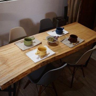一枚板 ダイニングテーブル 楠(クスノキ) 大阪