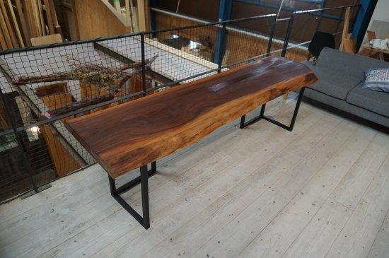 一枚板 ダイニングテーブル ウォールナット一枚板 大阪