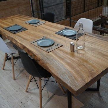 一枚板 ダイニングテーブル 楠(クスノキ)一枚板 大阪