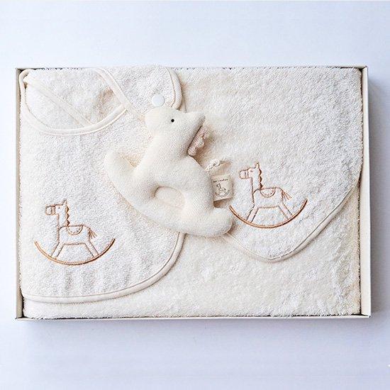 ベビーギフトセット 木馬刺繍