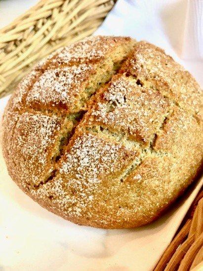 ビストロヒマワリのアインコーン小麦「パン・ド・カンパーニュ」ハーフサイズ  商品画像