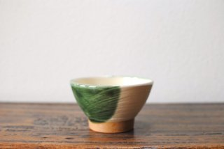 【出西窯】飯碗 中 ぼたん刷毛 白釉緑流し