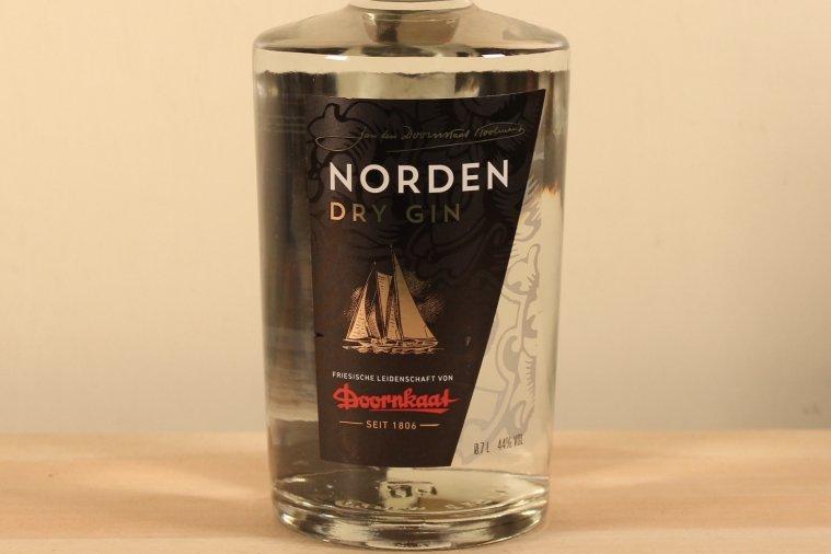 ノーデン ドライジン ドルンカート Norden Dry Gin Doornkaat  44% 700ml