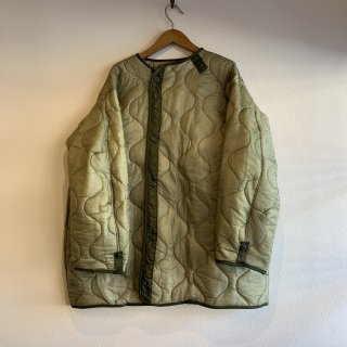 <img class='new_mark_img1' src='https://img.shop-pro.jp/img/new/icons5.gif' style='border:none;display:inline;margin:0px;padding:0px;width:auto;' />【MILITARY DEADSTOCK】 M-65 QUILTING LINER BOTTON REMAKE ライナー