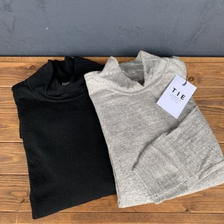 <img class='new_mark_img1' src='https://img.shop-pro.jp/img/new/icons5.gif' style='border:none;display:inline;margin:0px;padding:0px;width:auto;' />【TIE】 High neck long sleeve Tee  タイ ハイネックロングTシャツ 天竺