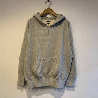 <img class='new_mark_img1' src='https://img.shop-pro.jp/img/new/icons5.gif' style='border:none;display:inline;margin:0px;padding:0px;width:auto;' />【SUNNY SPORTS】 1/4 Zip Hoodie サニースポーツ GRAY