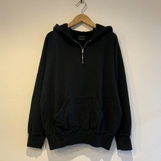 <img class='new_mark_img1' src='https://img.shop-pro.jp/img/new/icons5.gif' style='border:none;display:inline;margin:0px;padding:0px;width:auto;' />【SUNNY SPORTS】 1/4 Zip Hoodie サニースポーツ BLACK