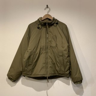 <img class='new_mark_img1' src='https://img.shop-pro.jp/img/new/icons5.gif' style='border:none;display:inline;margin:0px;padding:0px;width:auto;' />【MILITARY DEADSTOCK】 BRITISH ARMY PCS THERMAL JACKET