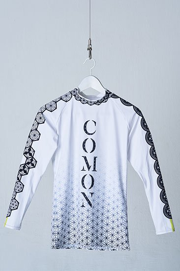 COMON UNDER �SHIPPO� White