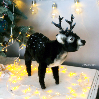 鹿 《夜の輝き》