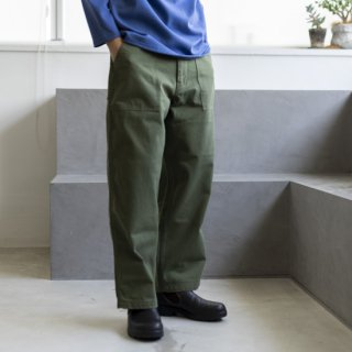 <img class='new_mark_img1' src='https://img.shop-pro.jp/img/new/icons13.gif' style='border:none;display:inline;margin:0px;padding:0px;width:auto;' />HATSKI Utility Trousers